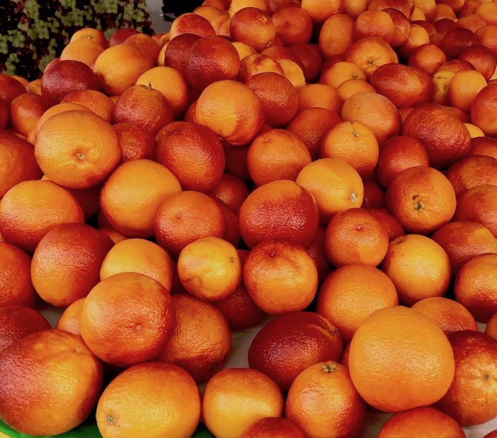 Picture of oranges, Moro Blood Orange taken in February